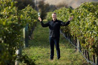 stoneleigh-winemaker-jamie-marfell-among-the-vines-copy