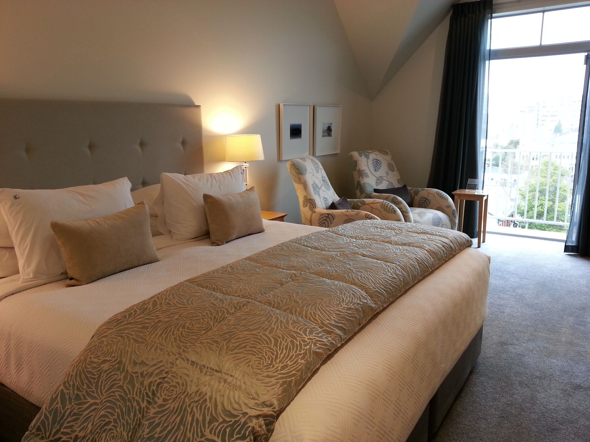 Bluestone on George - The top-rated alternative accommodation in New Zealand