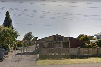 Roadside shot of the Kingdom Hall in Waitara