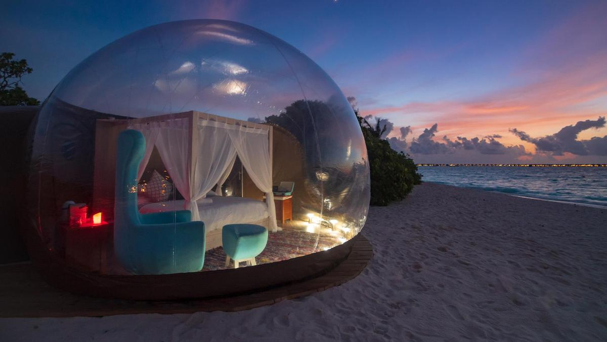 FINOLHU'S BUBBLE BEACH