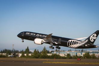 Air New Zealand's new Boeing 787-9 Dreamliner takes off for Auckland, New Zealand, Thursday, July 10, 2014, at the Boeing Delivery Center in Everett, WA. (Bret Hartman/Air New Zealand)