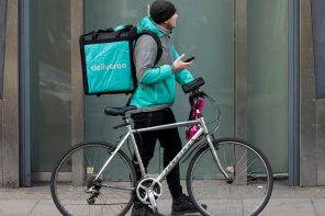 DELIVEROO DIRECTLY TO YOUR HOTEL ROOM
