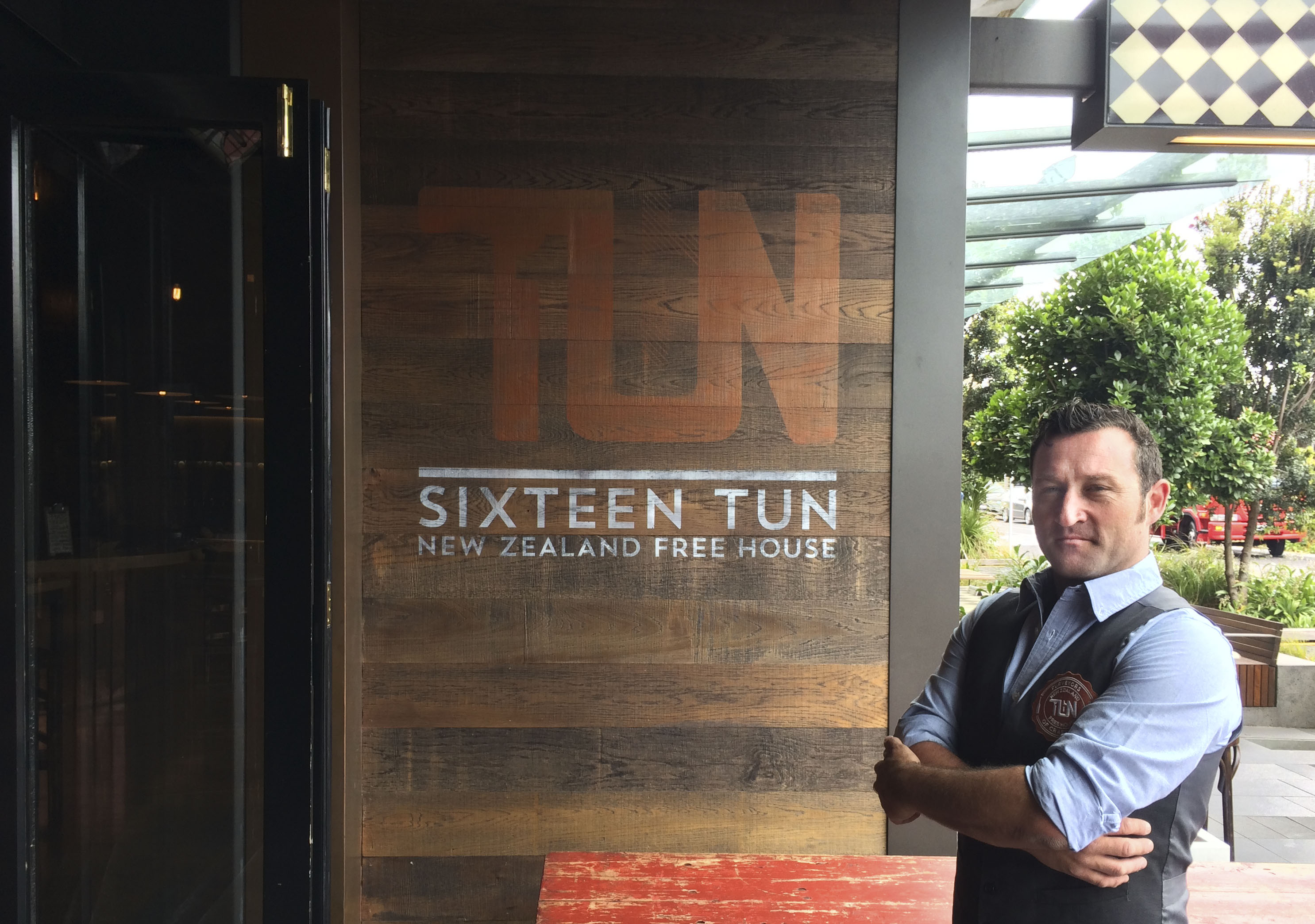 brandon walker appointed bar manager restaurant caf eacute