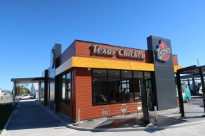 TEXAS CHICKEN OPENS IN ROTORUA