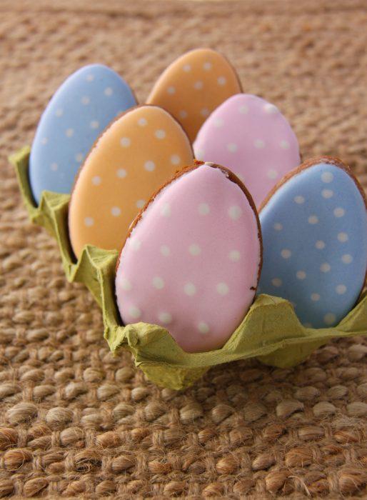 Easter Eggs C-min