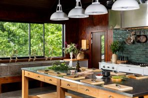MICHAEL VAN DE ELZEN LAUNCHES NEW COOKERY SCHOOL