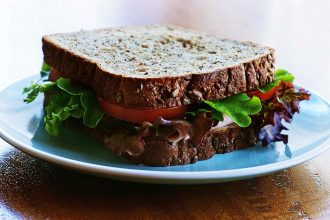 Lettuce and ham sandwich