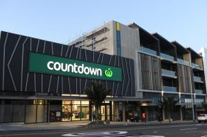 COUNTDOWN LODGES RESOURCE CONSENT FOR WAINUIOMATA SHOPPING CENTRE