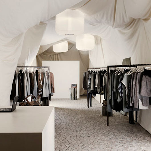 eco-friendly-fashion-store-architecture-news-homes-design-530x530