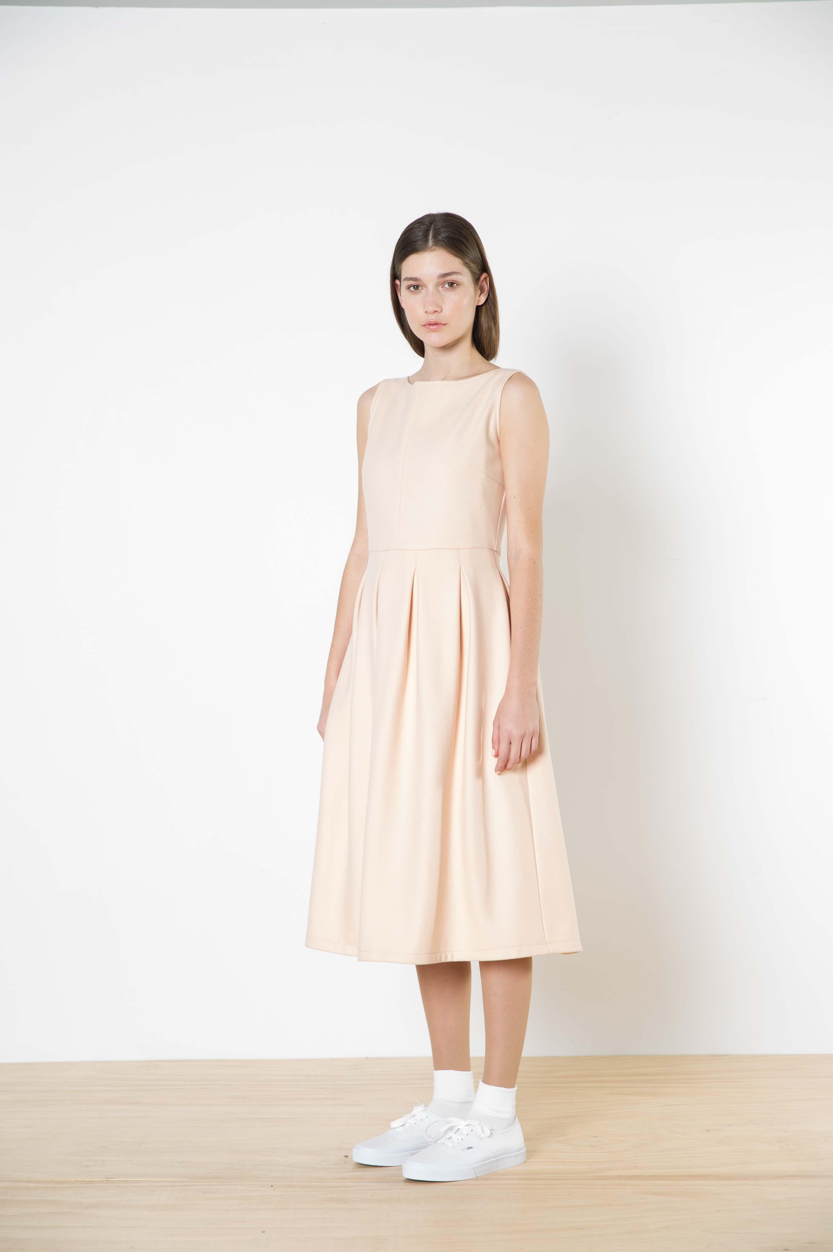 04 artemisia wool dress