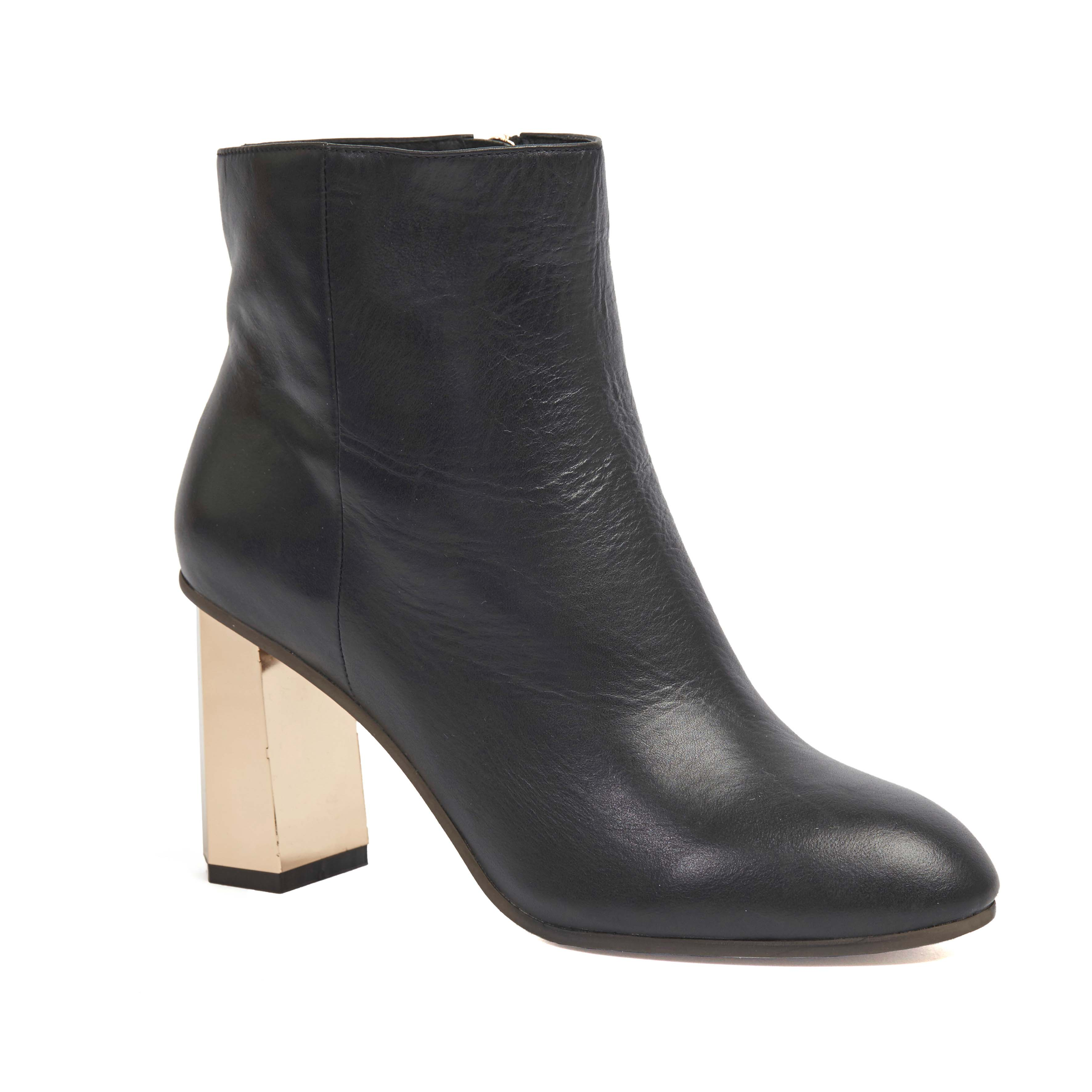 401 Lana Boot Black