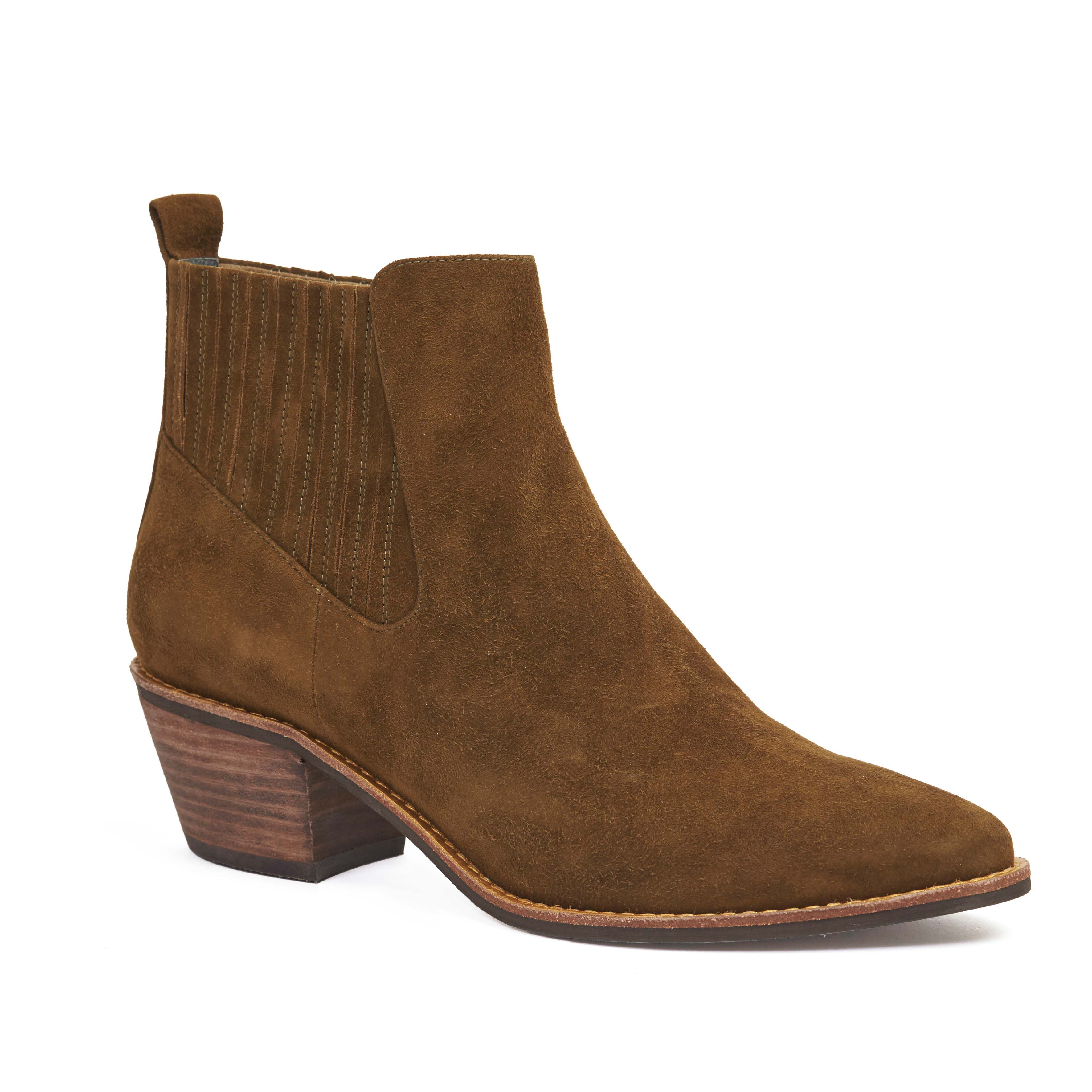 405 Adrene Boot Tobacco Suede