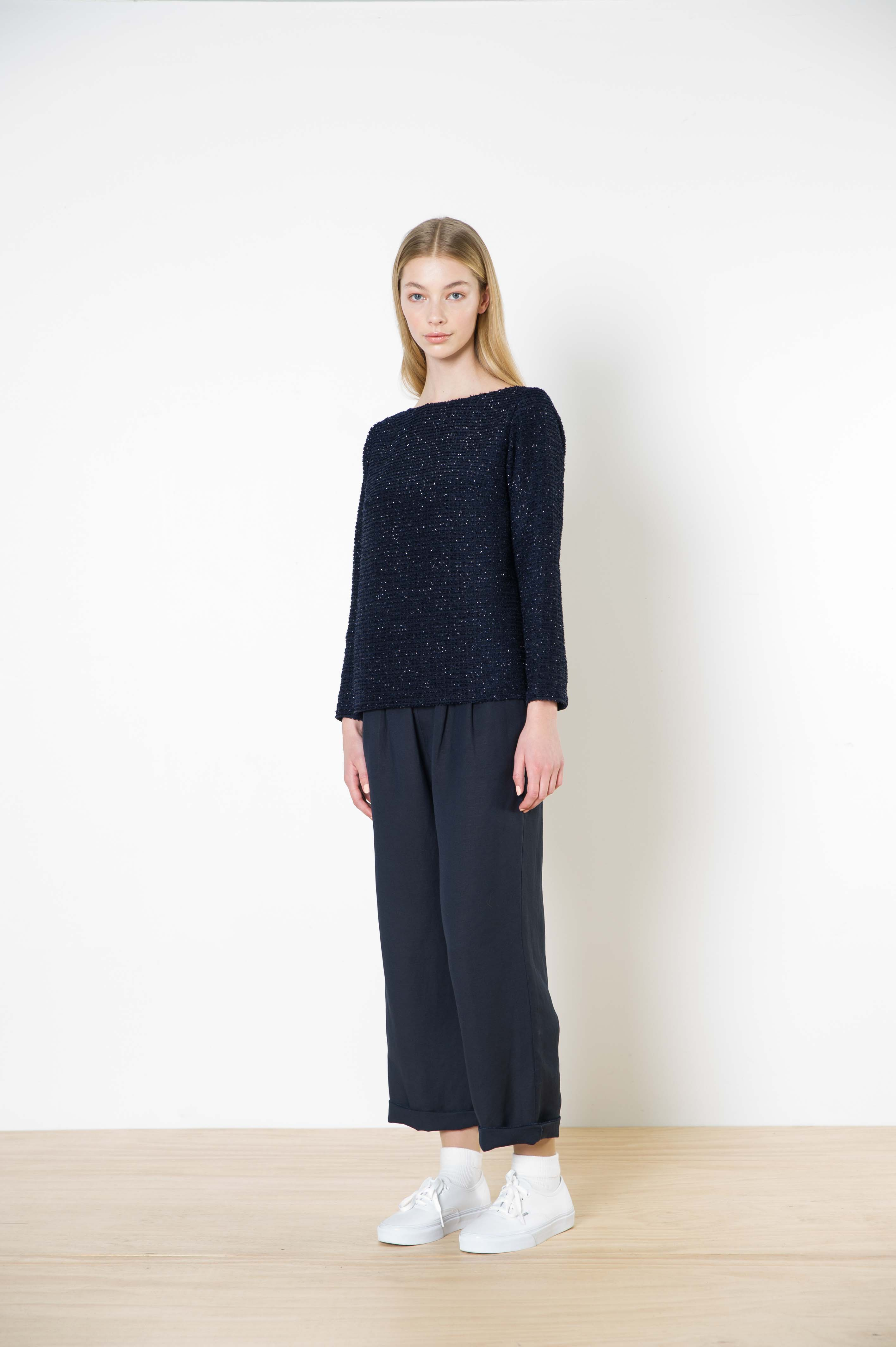 63 chronicles boat neck top