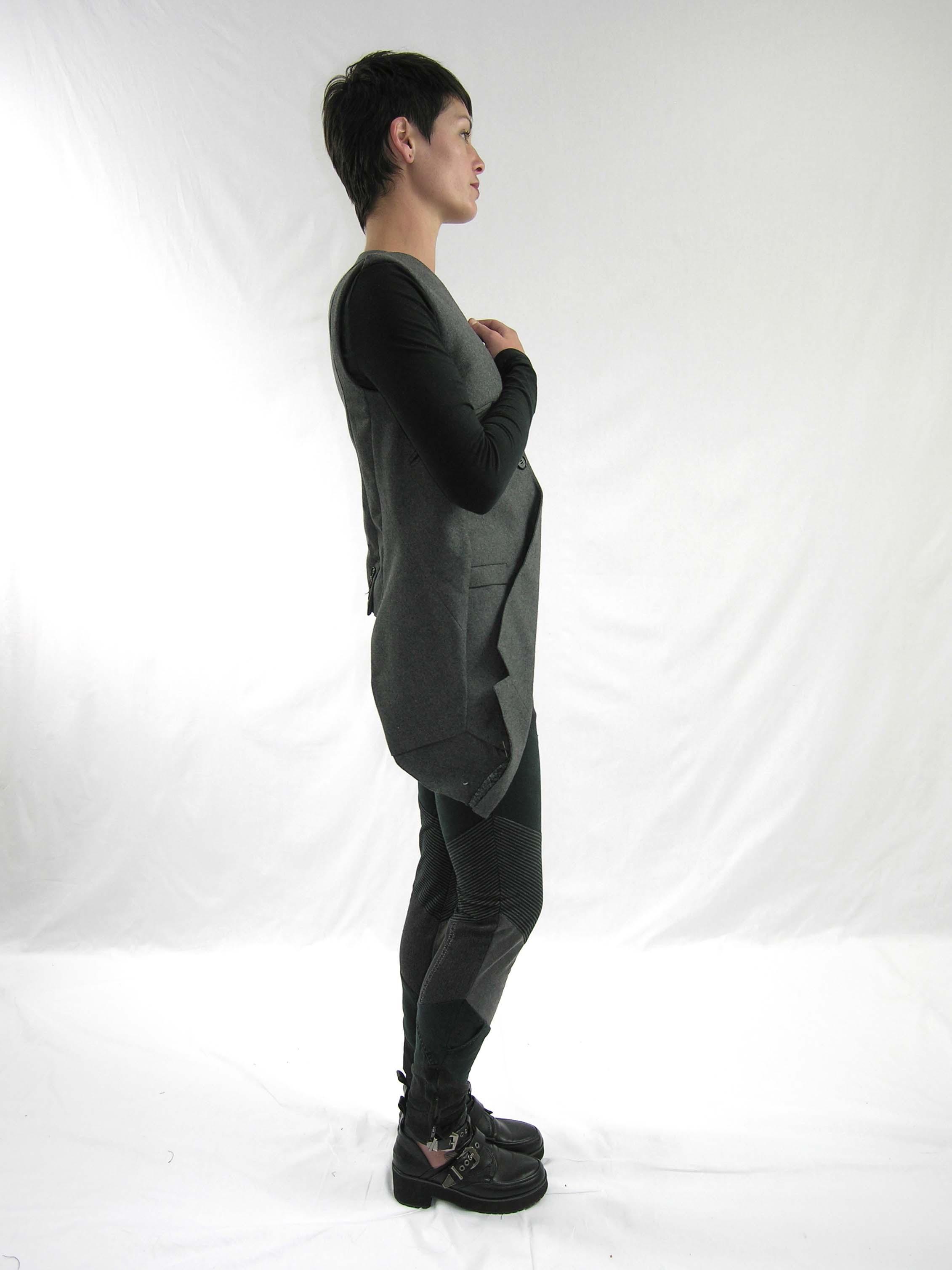 17drop vest, reconstructed jean side
