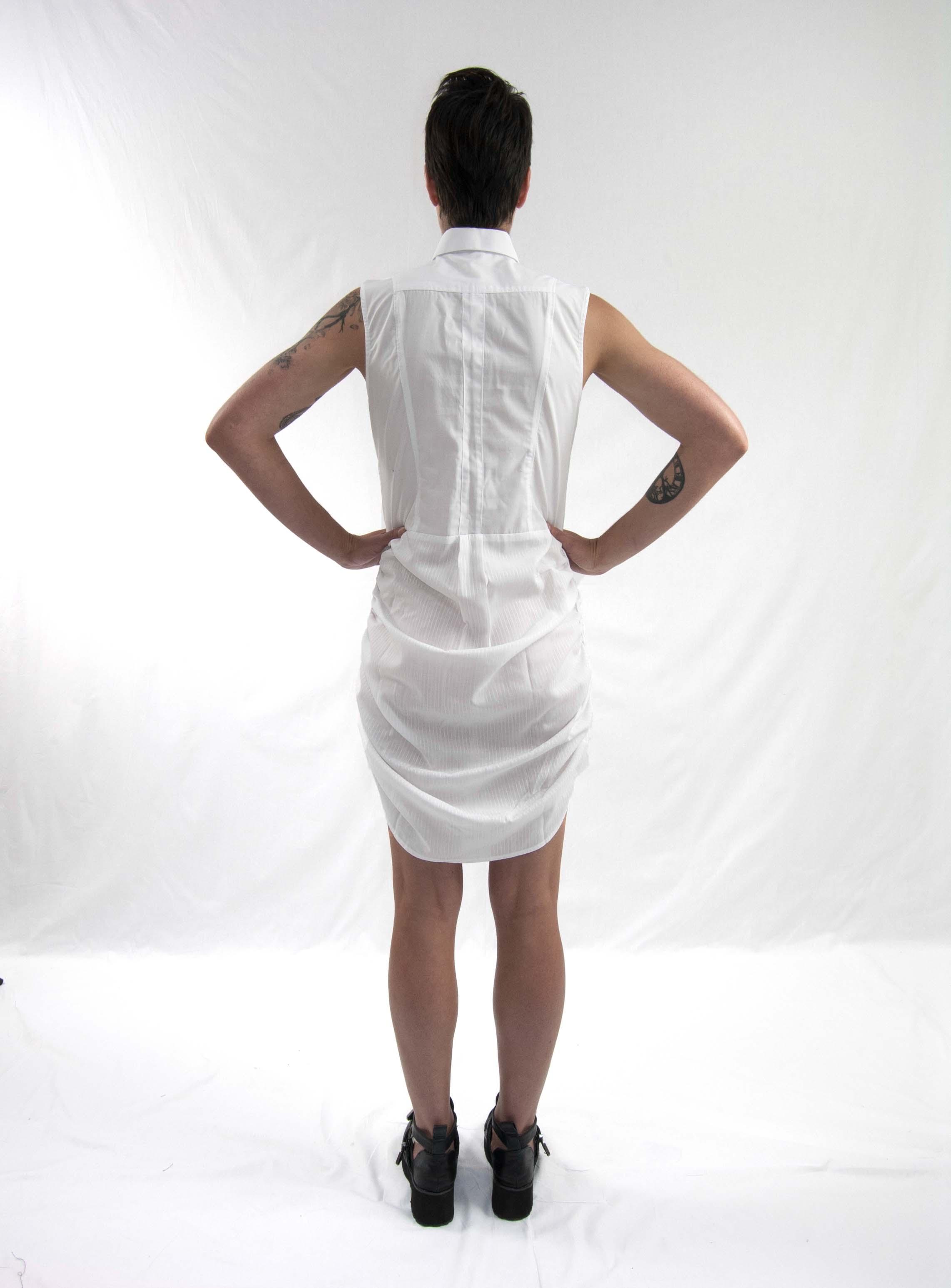 8gathered up dress white bk
