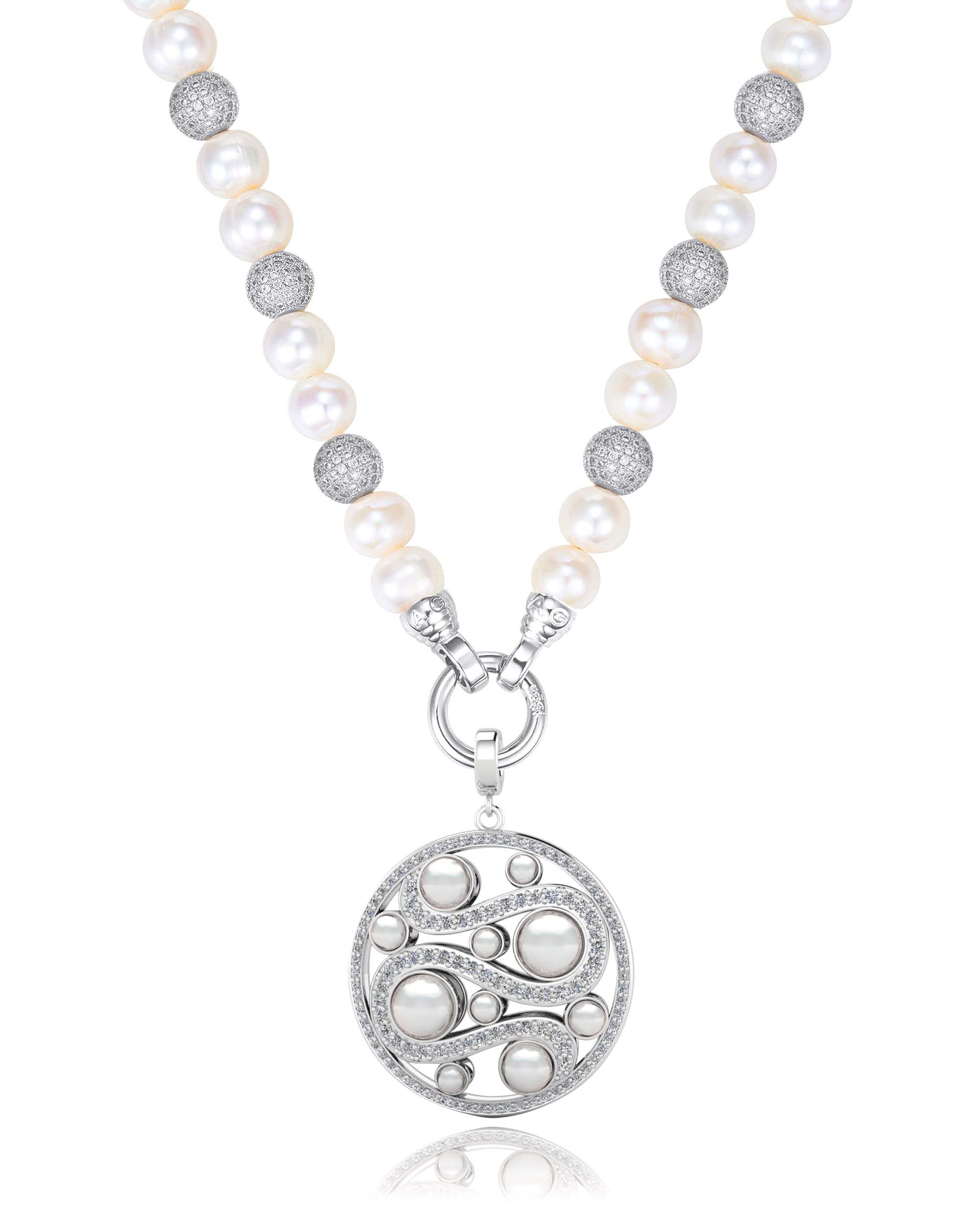 Kagi Pearl Luxe Necklace $249 with Mystic Pearl Pendant $249 www.kagi.net