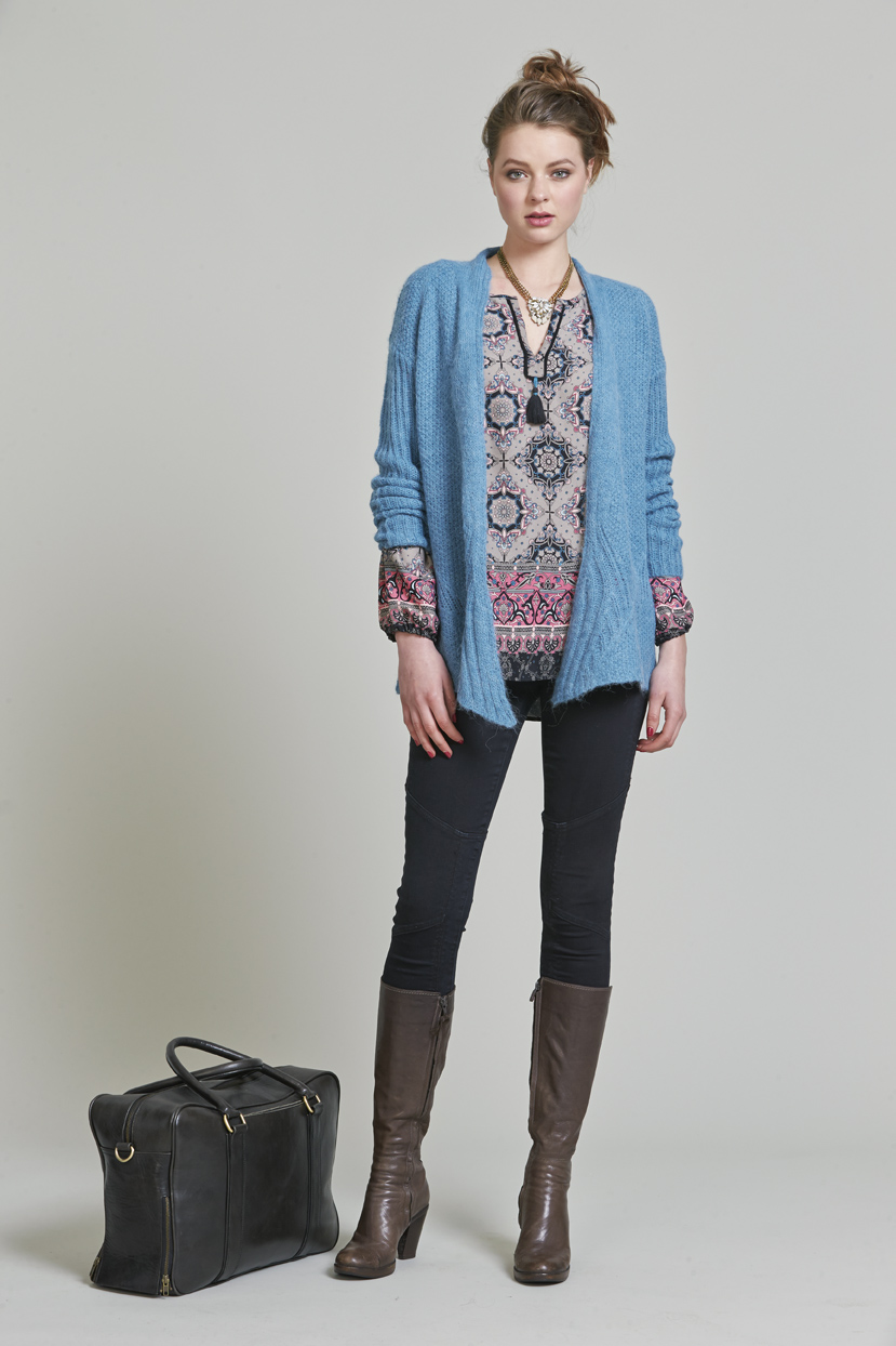 PAge 31 LSK195 Brigette Cardi LS976 Bazaar Top LS999 Powerstretch Panelled Jean