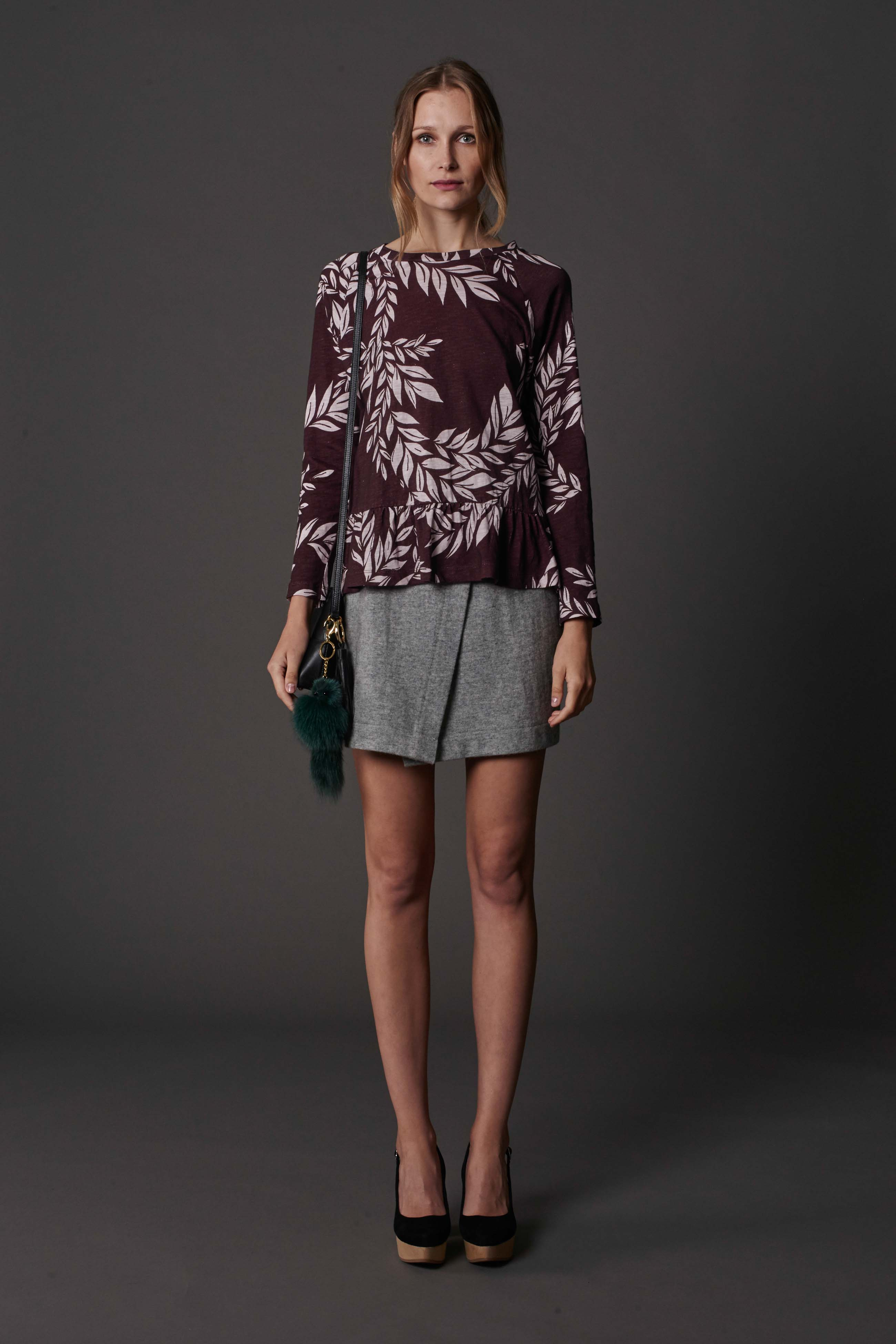 RUBY Iva Ruffle Longsleeve, Alta Wrap Miniskirt, Lila Shoulder Bag