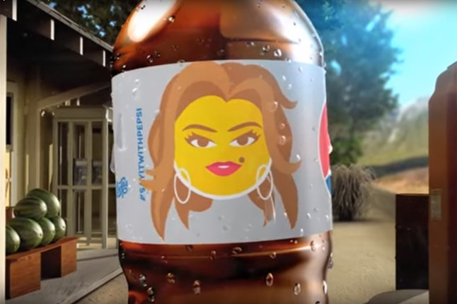 Cindy Crawford is immortalised as an emoji by Diet Pepsi as part of the new #sayitwithpepsi campaign.