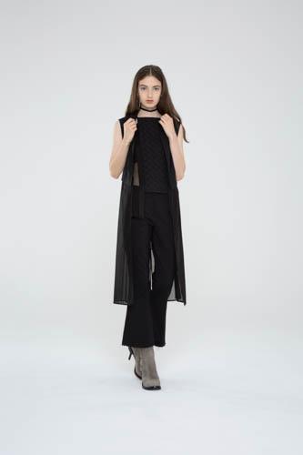 crosshatch-halter-black-principle-pant-deviate-vest-1-T_00427