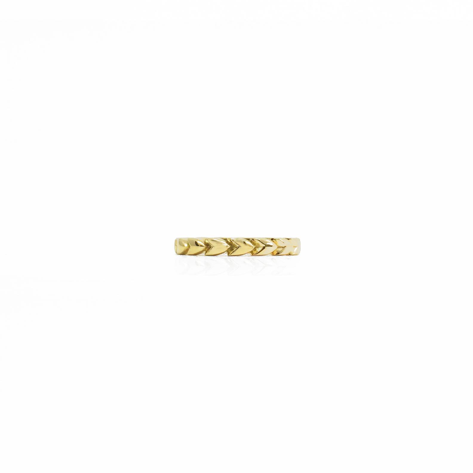 grae_gold_wedding_ring