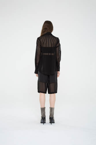 index-shirt-black-cropped-cocoon-pant-4-T_03867