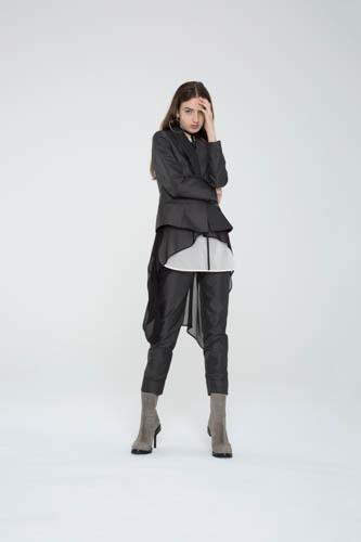 oblique-tunic-black-shell-top-cogent-pant-fracture-blazer-1-T_00325