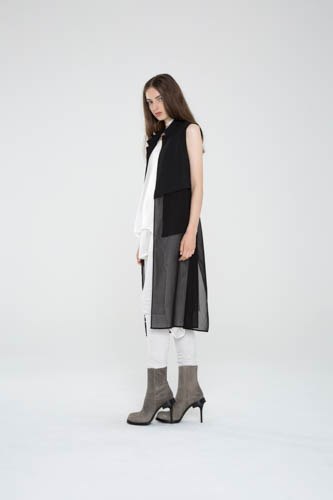 oblique-tunic-white-equalize-camber-integral-pant-deduct-vest-2-T_01898