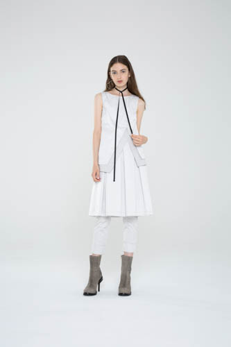 trilogy-tunic-white-radiate-skirt-cogent-pant-1-T_00197