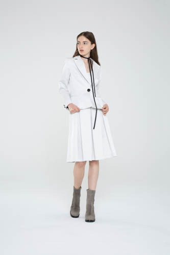 trilogy-tunic-white-radiate-skirt-fracture-blazer-1-T_00229