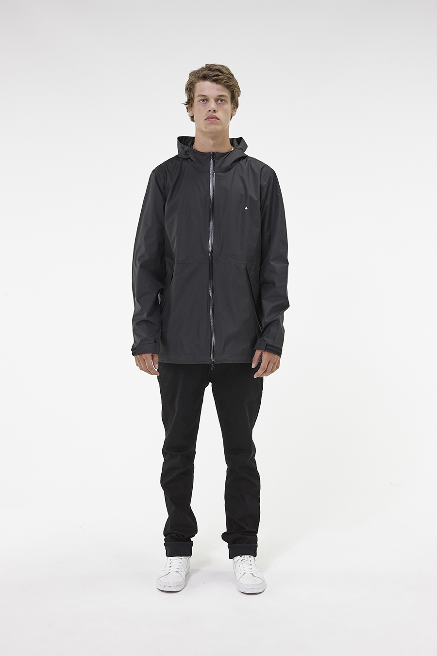 Huffer_Q3-16_M-Alpine-Jacket_Black-01
