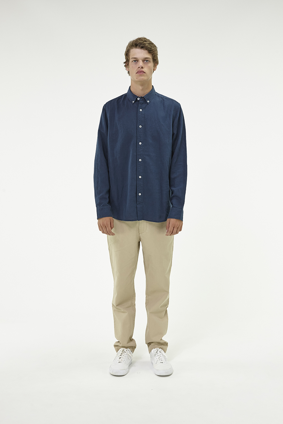 Huffer_Q3-16_M-The-Lin-In-Shirt_Navy-01
