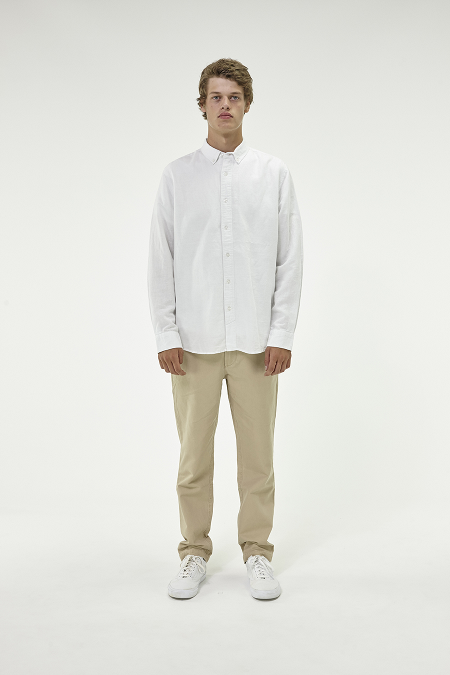 Huffer_Q3-16_M-The-Lin-In-Shirt_White-01