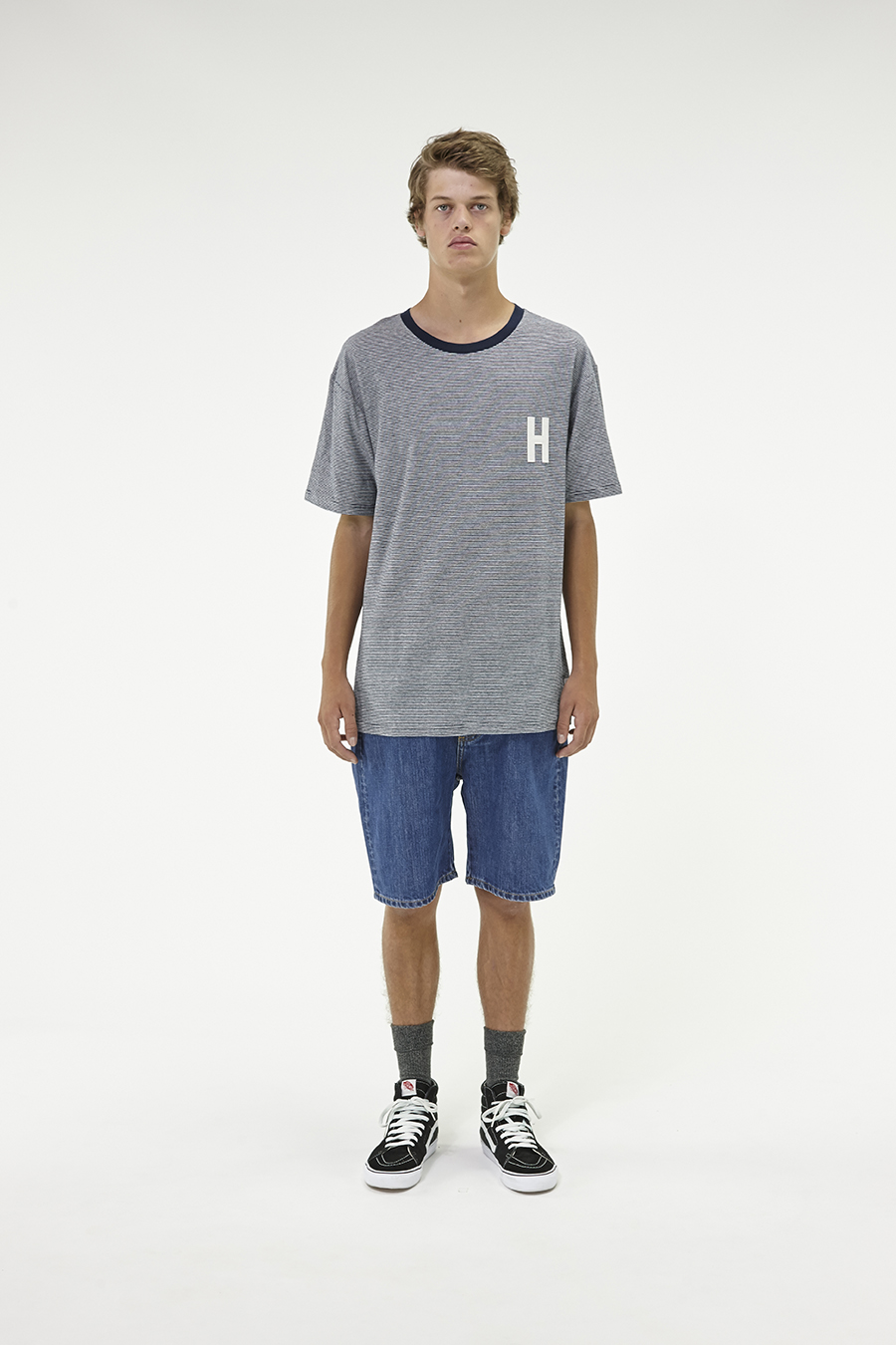 Huffer_Q3-16_M-Weekend-Tee_Navy-01