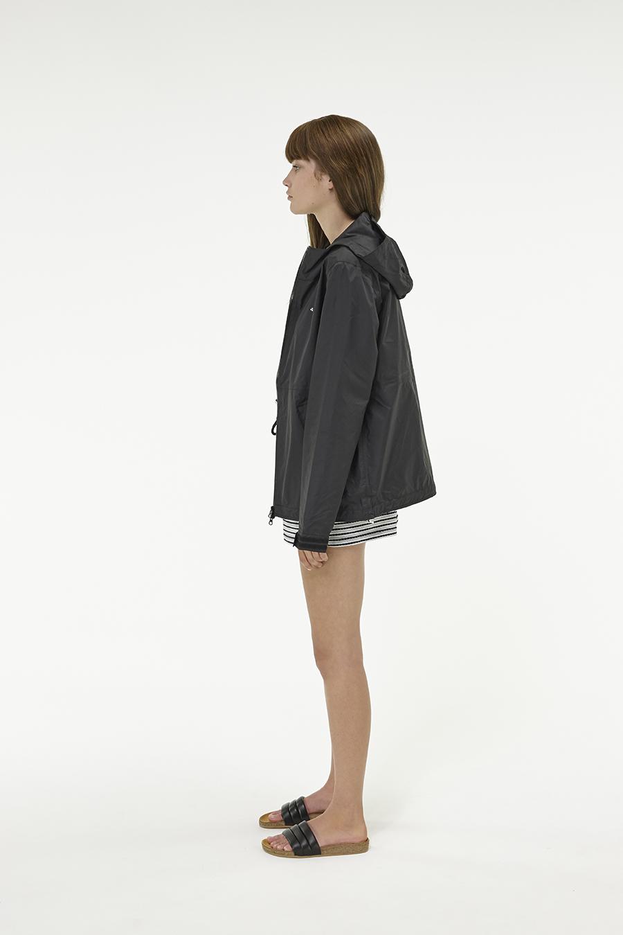 Huffer_Q3-16_W-Alpine-Jacket_Black-02