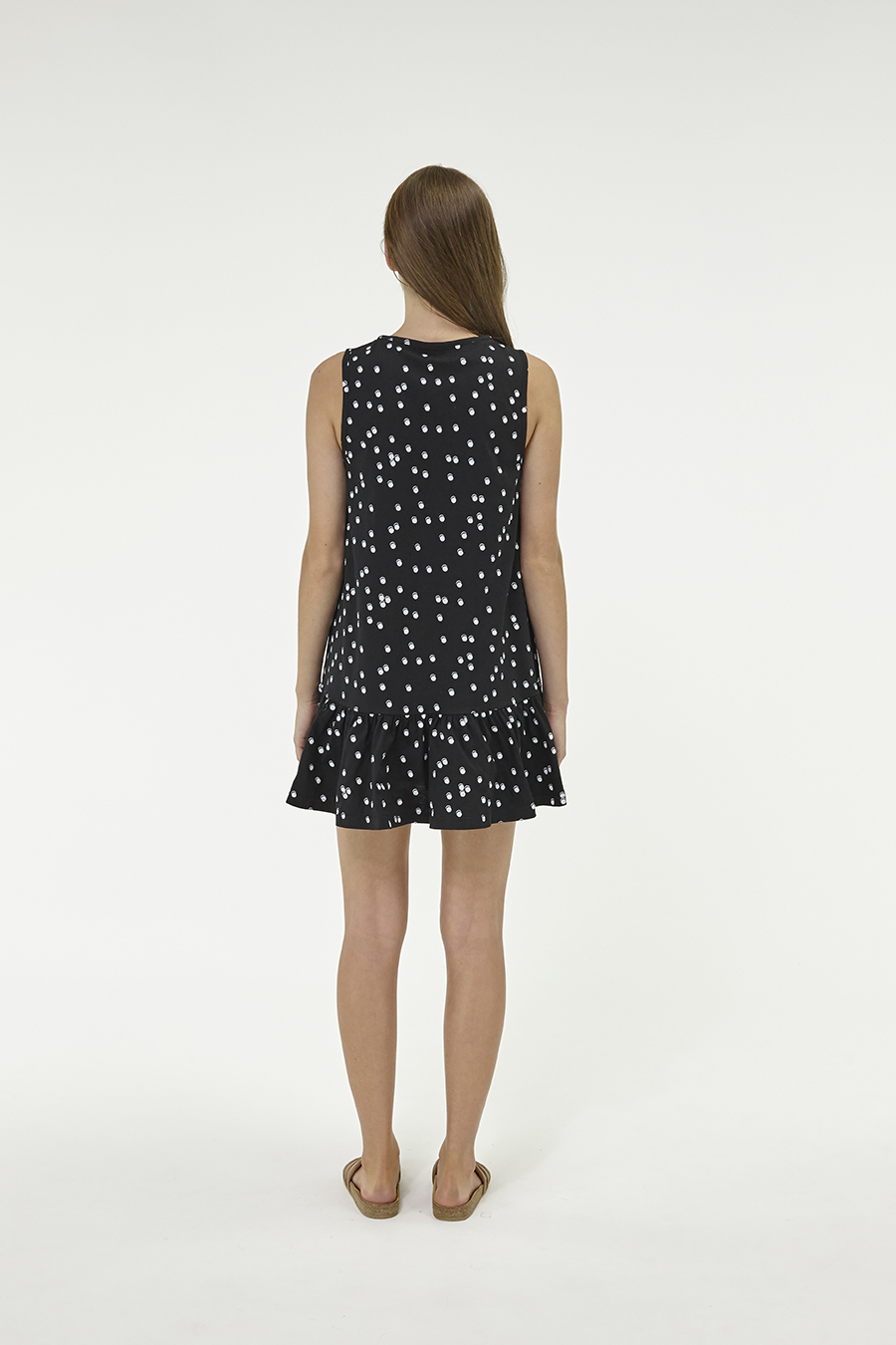 Huffer_Q3-16_W-Port-Volley-Dress_Black-03