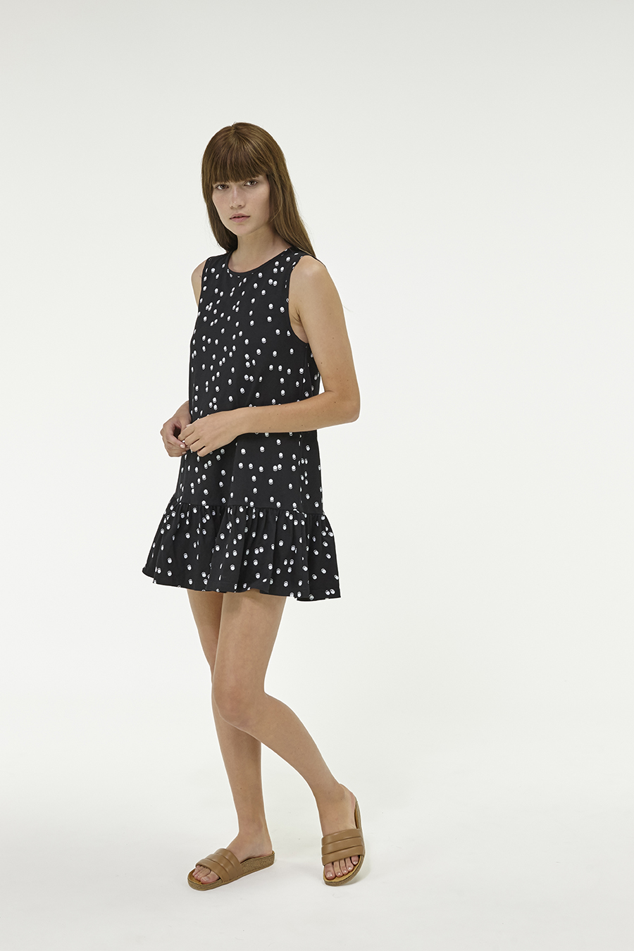 Huffer_Q3-16_W-Port-Volley-Dress_Black-04