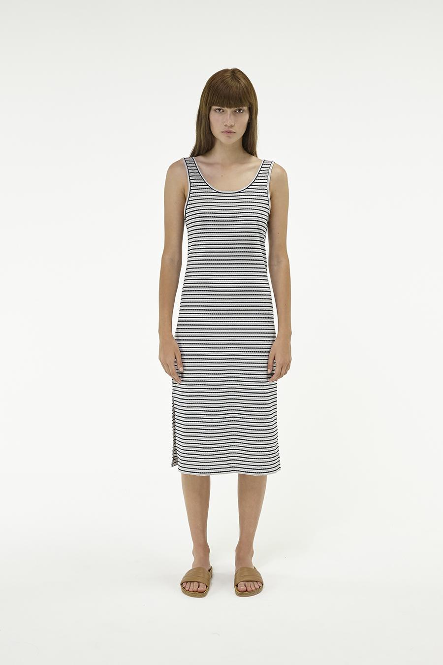 Huffer_Q3-16_W-Railway-Plaza-Dress_Black-Grey-01