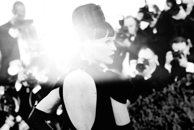 Katy Perry became the most followed person on twitter, with more than 90 million followers.