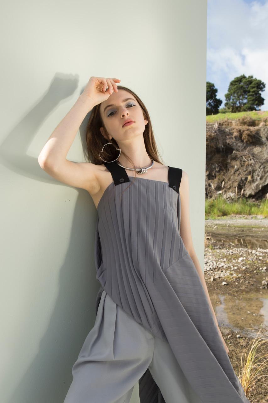 taylor-Diverge-Dress-Silver-Split-Discord-Pant