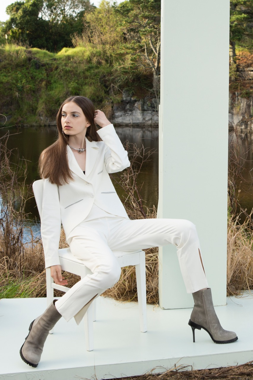 taylor-Reversed-Petite-Jacket-Parted-Pant-Ivory