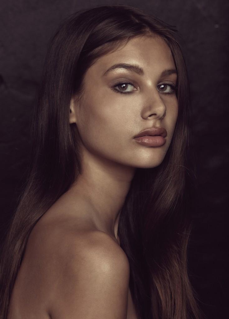 Saskia-Anderson-Steve-Tilley-Test-02-735x1024