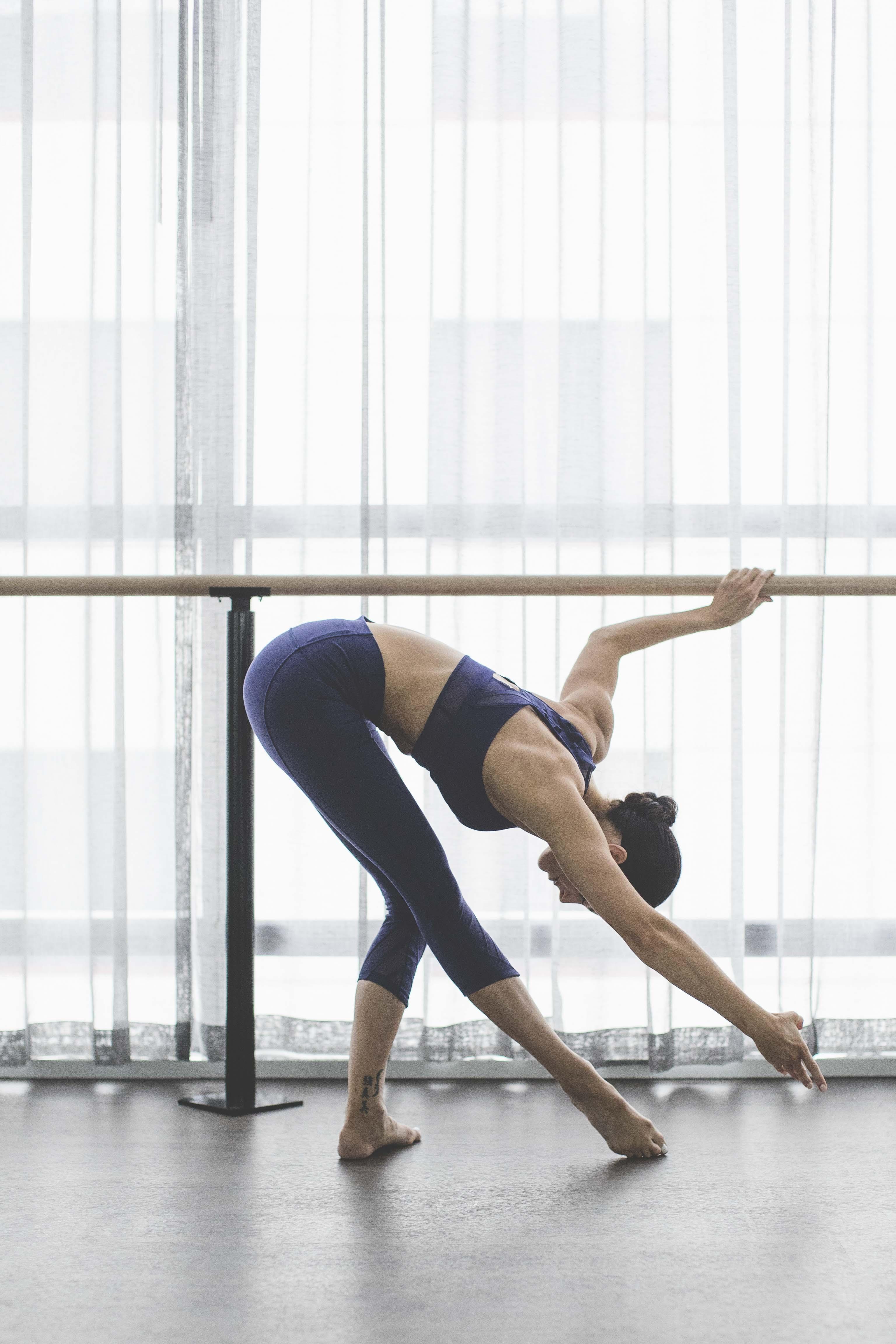 fullrez-2016_wk35_sec1_1196_lulu_aus_mk_womens_essential_rhythm_dance_barre_workout_4269