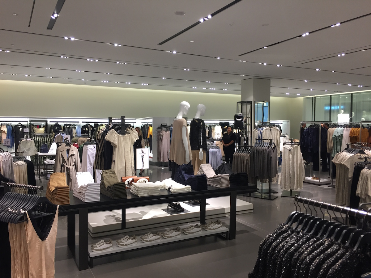 Zara in Hong Kong, Hong Kong, China: complete list of store locations, hours, holiday hours, phone numbers, and services. Find Zara location near you. Zara .