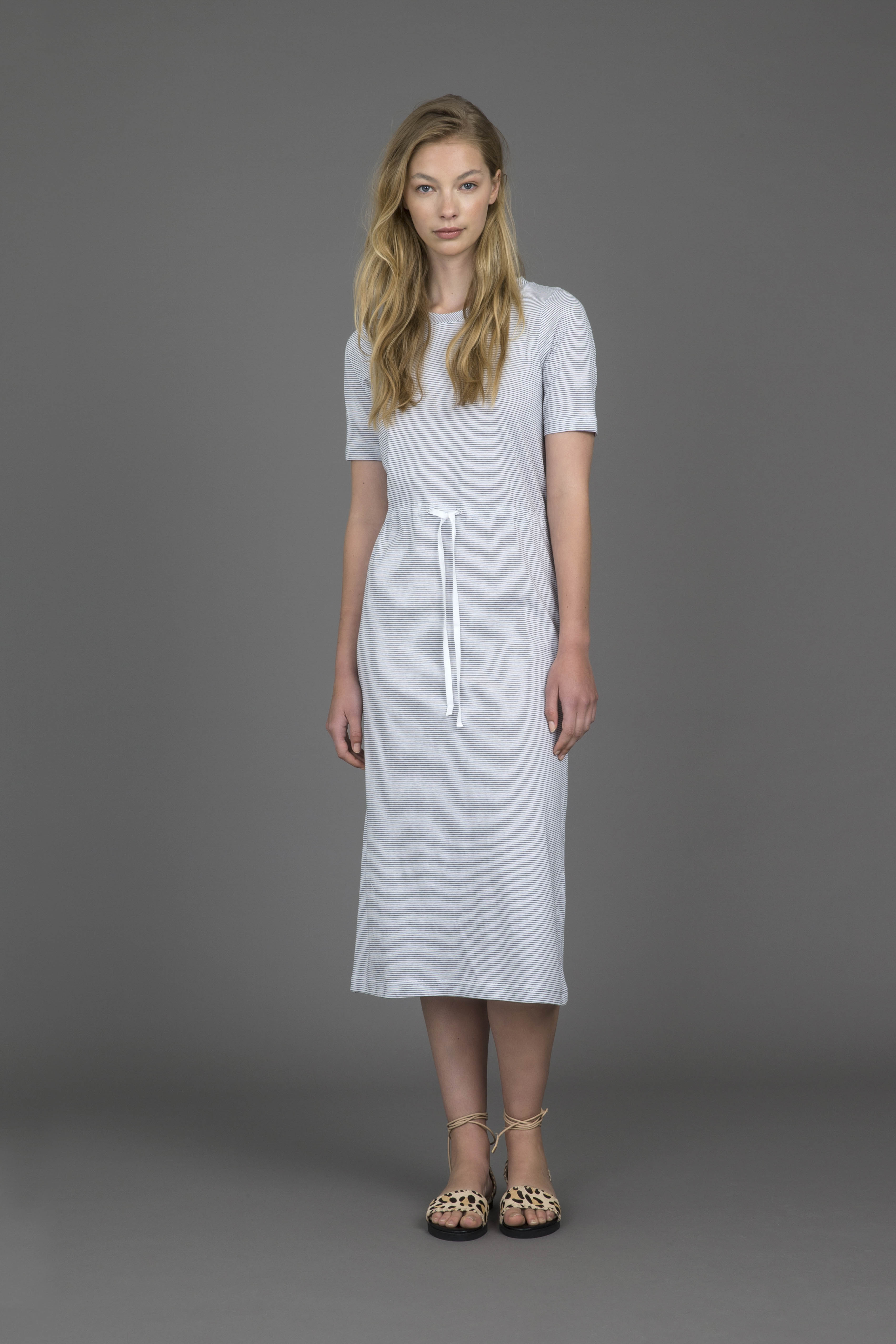ruby-palm-t-shirt-dress
