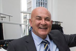 Former Farmers CEO Dies In Crash