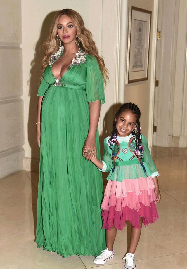 Beyoncé, Jay-Z, Blue Ivy, and the unborn twins went to the premier of Beauty and the Beast and they all wore head-to-toe Gucci.  #familygoals