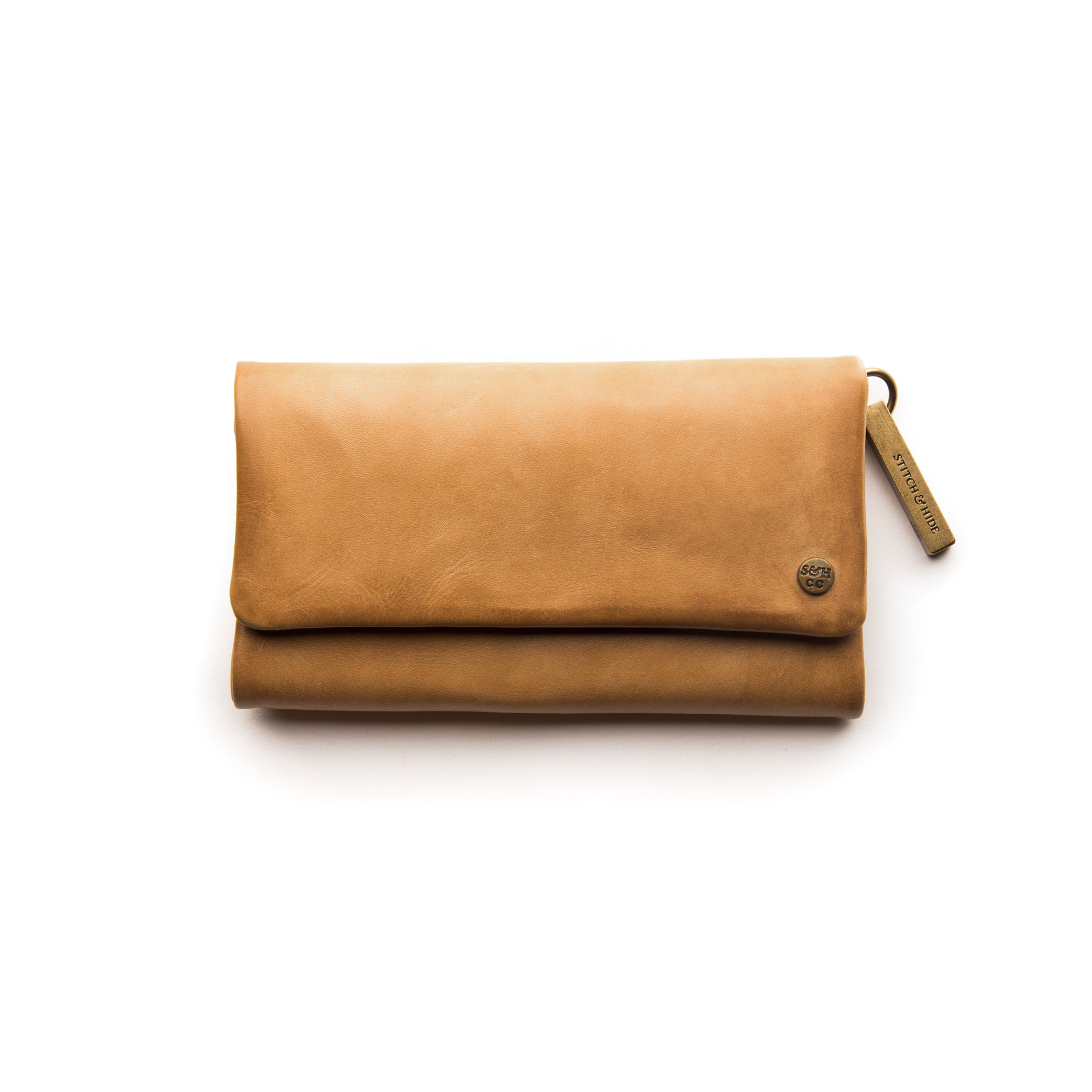 72dpi-21333753be-StitchandHide_PagetClassicWallet_Caramel_Front