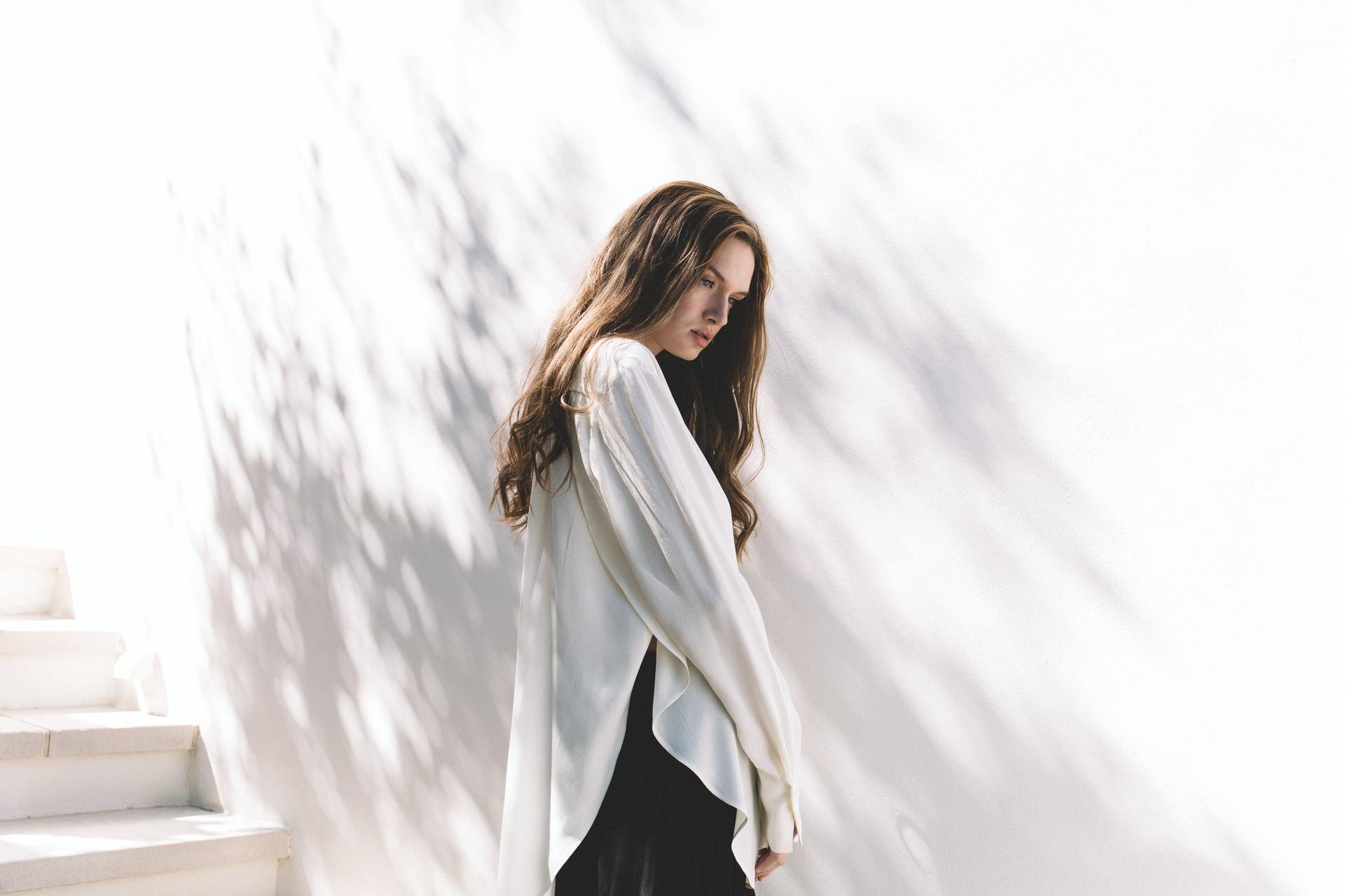 72dpi-2189685180-White-Dawn-Tie-Shirt-Lifestyle