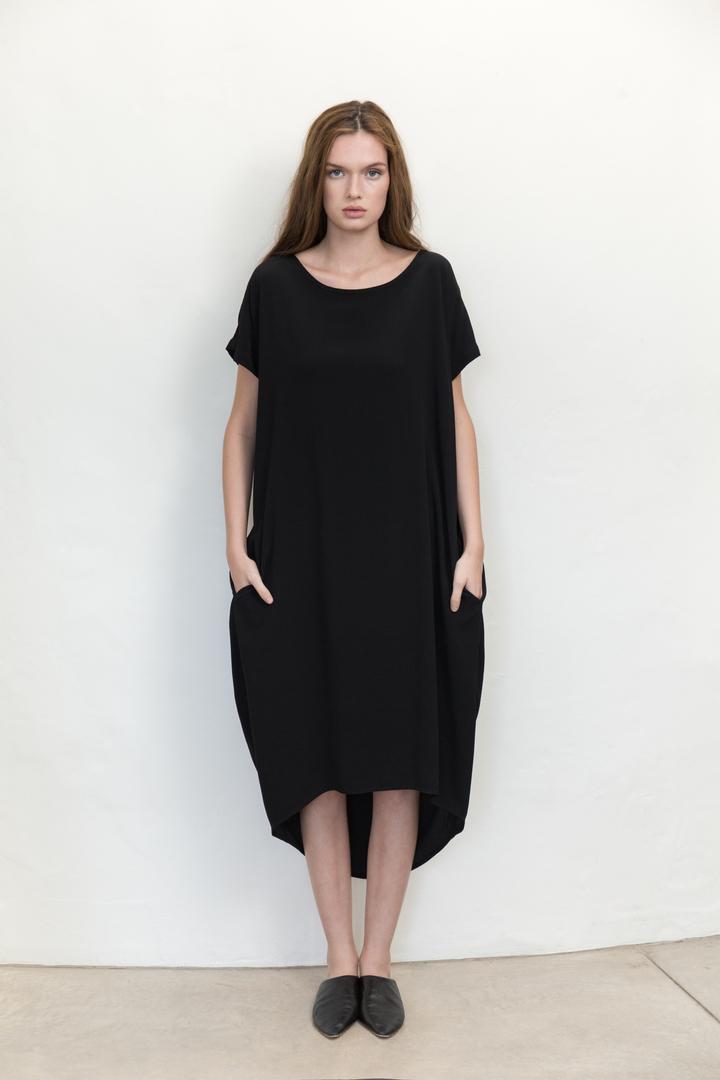 72dpi-220004255a-Residents-Dress-Black-Front